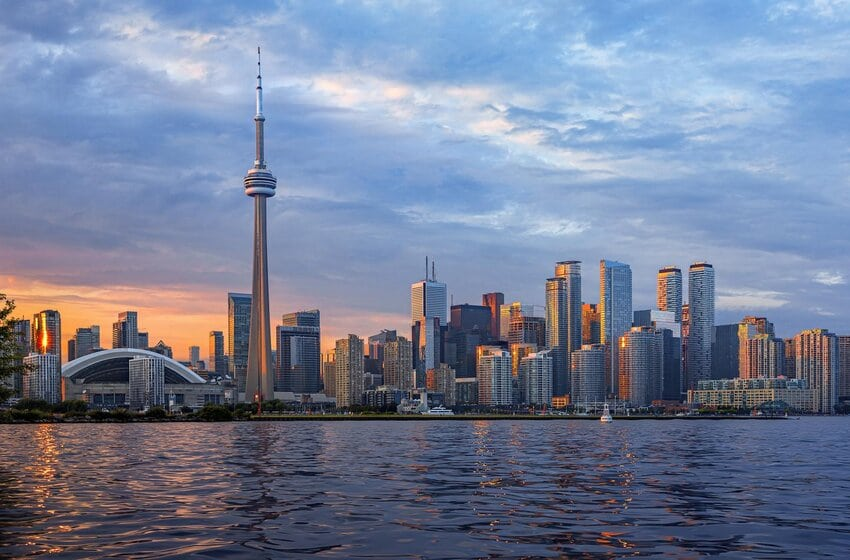 Easily Navigate Through By Knowing These Beautiful Attractions Of Canada